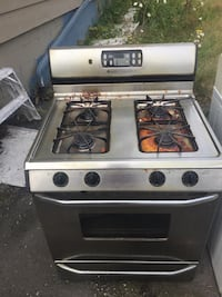 Maytag Gas Range Stove Oven Stainless Steel -working condition Surrey, V4P 1G5