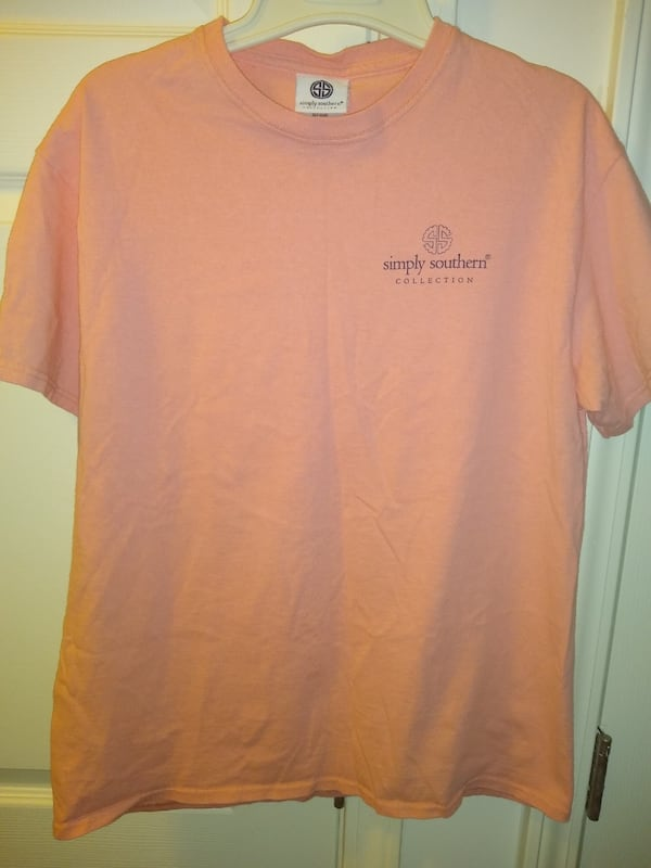 a Pink Simply southern women's medium t-shirt  serious buyers only 42a2a8c0-9fad-4b4a-99f5-beaded1224d4