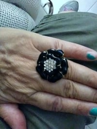 black and white floral ring Altamonte Springs, 32714