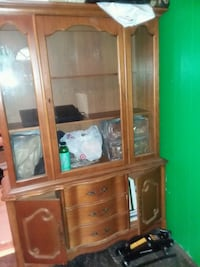 6 ft wood china cabinet, 4ft wide 14 inches deep Suitland-Silver Hill, 20746