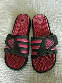 Woman's Adidas Sandals Madison Heights, 24572