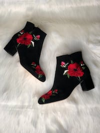 Black-and-pink floral socks Windcrest, 78239