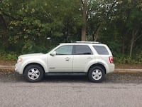 V6 4WD '08 Ford Escape**ALL SEASON TIRES** Toronto