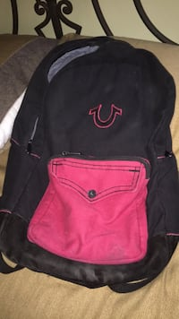 black and pink Nike backpack Mississauga, L5E 3K3
