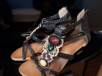 Women Sandals Size 7.5 Mississauga, L4W 4A8