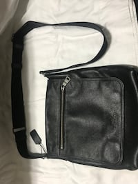 Men's coach black leather messanger sling bag