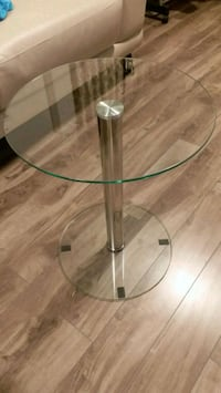 Brand new glass side table Toronto, M1P 5J4