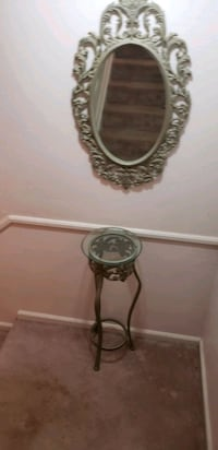 table and wall mirror set
