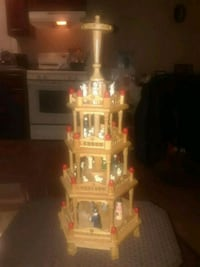 VINTAGE HANDCRAFTED AND PAINTED WOODEN 4 TIER RARE Providence