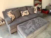 Oversized grey couch Las Vegas, 89138