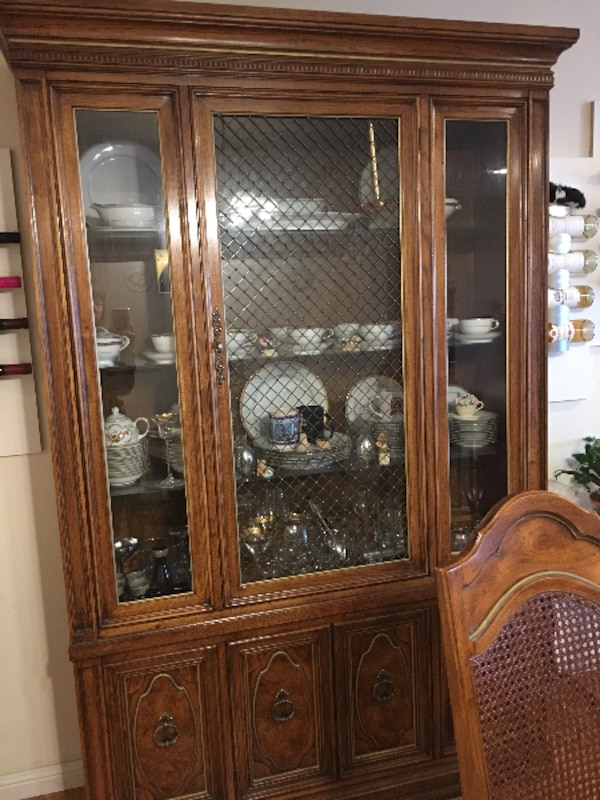 Used China Cabinet With Dining Set 1 Of 3 For Sale In Null Letgo