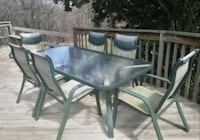 Glass rectangle patio table and 6 chairs Richmond Hill, L4S 1J9