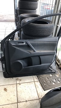 Parts for 2 right side door 2012 Mazda3 Toronto, M1E
