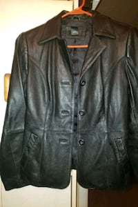 Womens Lather Jacket, size small  Clinton, 20735