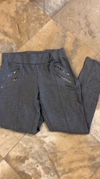 gray  skinny business pants. size large but fit like a medium.