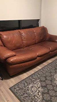 brown leather 3-seat sofa Washington, 20010