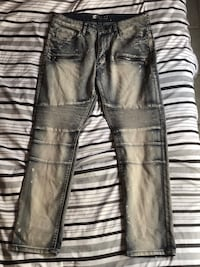 black and gray denim jeans Palm Springs, 92262