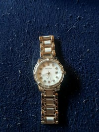 Women bulova watch  Dieppe