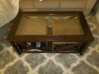 Coffee table/ottomans