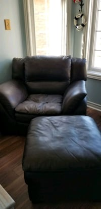 Brown leather loveseat and chair with ottoman  Barrie, L4N