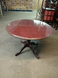 round brown wooden pedestal table Washington, 20002