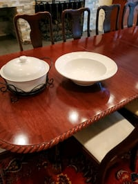 Cover dish set, with matching bowl platter Alexandria, 22304
