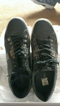 Black and grey casual shoes size 13 Germantown, 20876