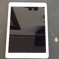 Rose gold Apple iPad 6th gen. 32gb model MRM42LL/A Raleigh, 27604
