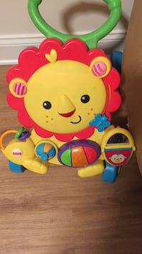 Fisher-Price Musical Lion Walker Dover, 19904