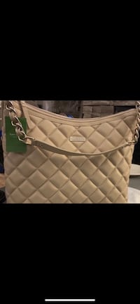 kate spade Large Serena ~ quilted pebbled leather *BNWT* Price Firm. Richmond, V7E 6S2