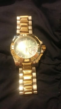 round gold-colored chronograph watch with link bracelet Manassas, 20110