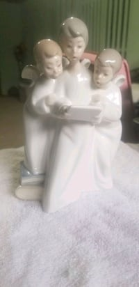 "Nao by Lladro figurine ""Group of Angels Singing"" Philadelphia, 19114"