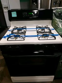 GAS STOVE WORKING PERFECTLY 4 MONTHS WARRANTY  Baltimore, 21223