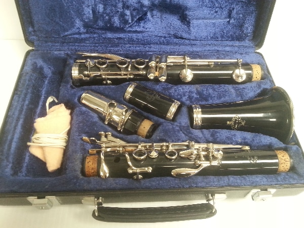 used buffet b12 clarinet 98019 for sale in calgary letgo rh ca letgo com