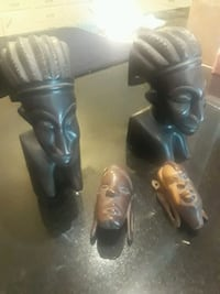Vintage African bookends and wall hangings Conroe, 77301