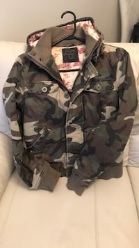 Camo TNA jacket good condition Langley, V3A 3X5