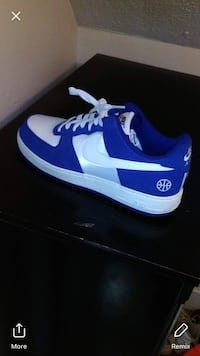 pair of blue-and-white Nike sneakers Grand Rapids, 49507