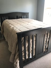 Full bed frame, convertible crib Concord, 28269