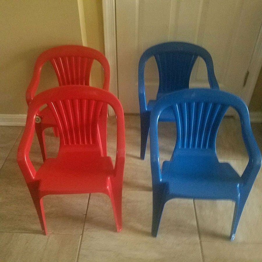 4 kids plastic chairs , all 4 by 10$