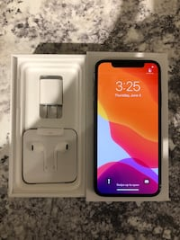 IPHONE X 64GB UNLOCKED 9/10 CONDITION $600 FIRM