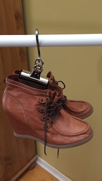 Italian soft leather booties  Gatineau, J8T 5G1