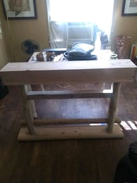 Foyer/Console Table