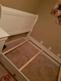 Queen bed set. Including mattress and box spring. The white bed set Edmonton, T5Y 0K8