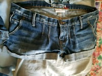 Shorts some are Name brand Waverly, 45690