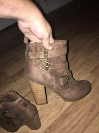 Never worn size 6 Florence, 29501