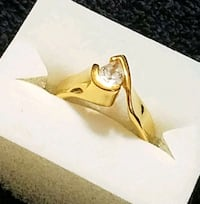 VINTAGE Ring w/a Cubic Zarconia TEAR drop center Hopewell Junction, 12533