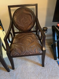 Brown chair Edison, 08820