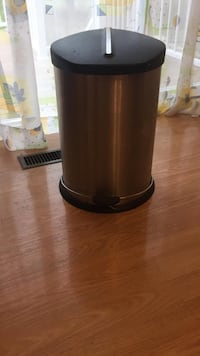 black and gray plastic container 3489 km