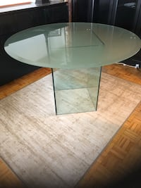 Frosted glass dining room table Toronto, M4P 1Y7