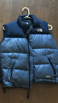 Blue the north face bubble vest